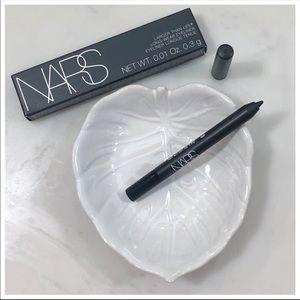 $8 Bundle Item 💜 NARS Larger Than Life Eyeliner